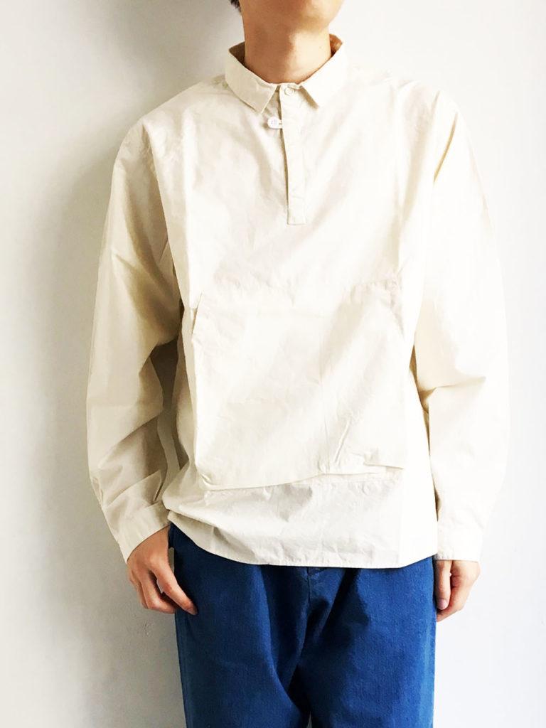 LOLO _ 衿付きカンガルーポケットプルオーバーシャツ / Ivory