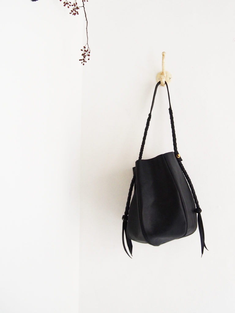 chiihao _ seao bag / Black
