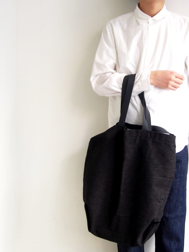 ordinary fits _ SHOPPER / BLACK