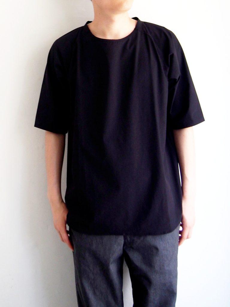 roundabout _ ナイロン Tシャツ /  Black