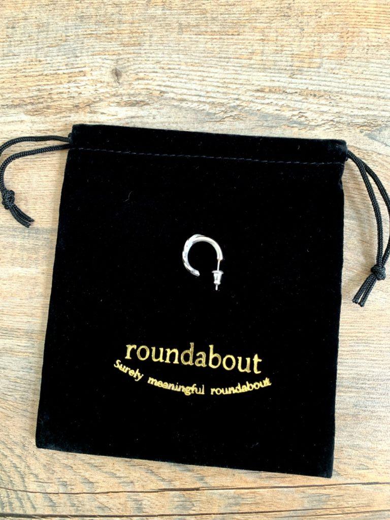 roundabout _ シルバークロス ピアス