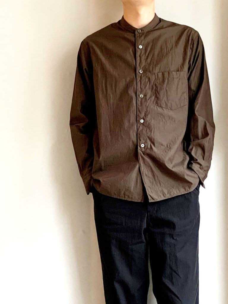 STILL BY HAND _ バンドカラーシャツ/ Brown