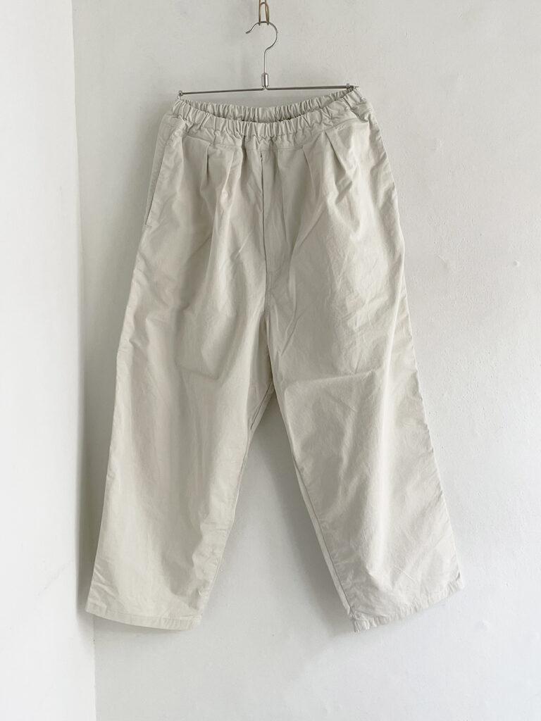 ordinary fits _ ナローボールパンツ/ Off white