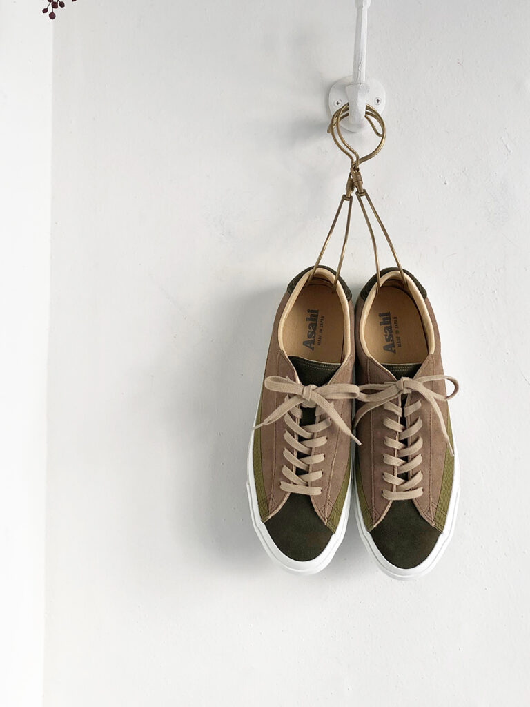 ASAHI _ BELTED LOW SUEDE  / OLIVE/TAUPE